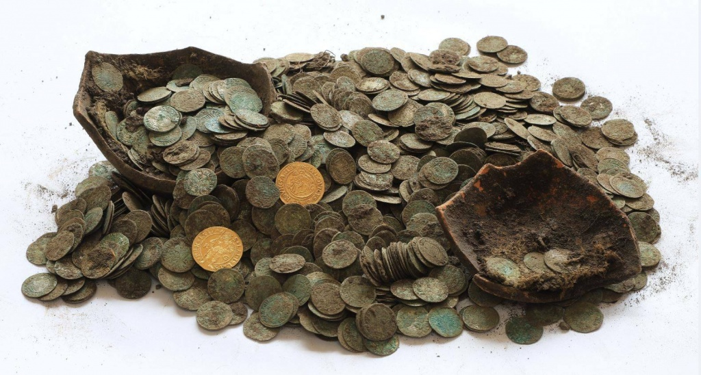 Coin-hoard-unearthed-by-boar.jpeg