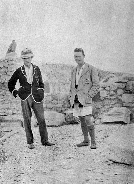 Leonard Woolley (left) and Lawrence in their excavation house at Carchemish c. 1912.jpg