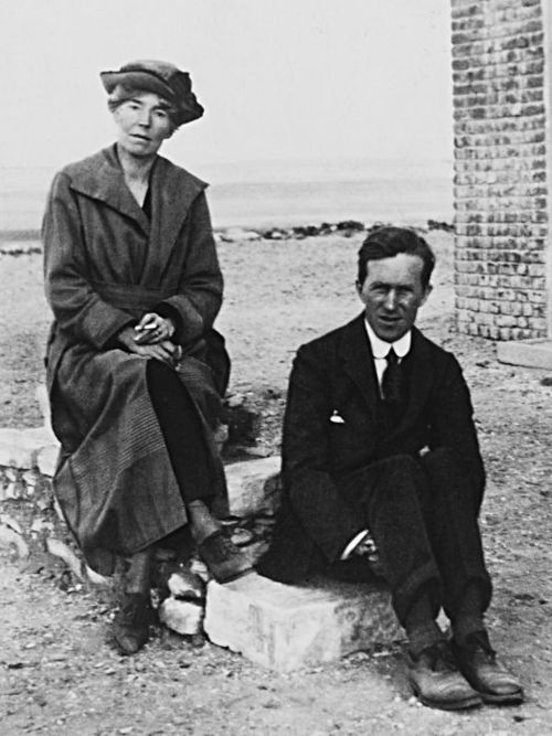 Gertrude Bell and T.E. Lawrence.jpg